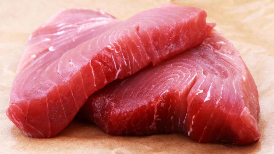 ¿En qué se diferencia el pescado azul del blanco?
